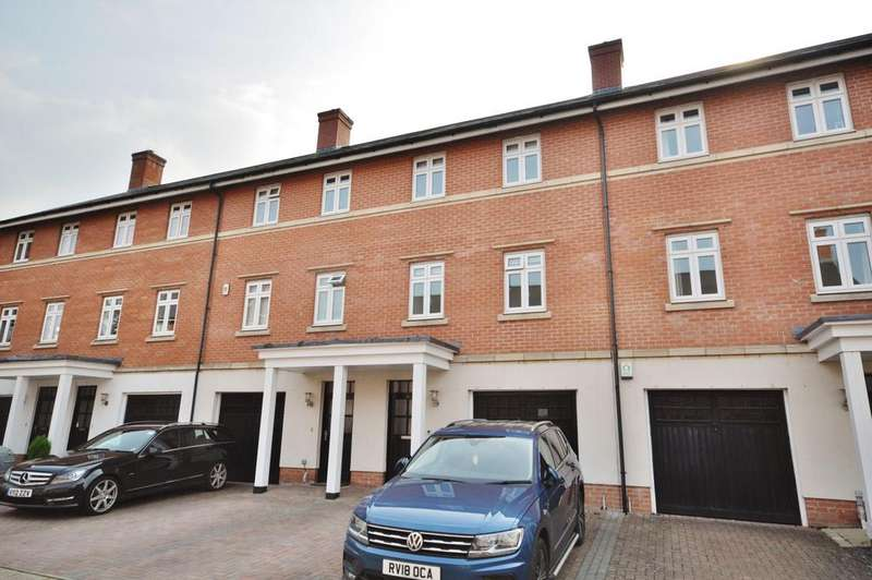 4 Bedrooms Town House for sale in Barn Croft Drive, Lower Earley, Reading, RG6 3WE