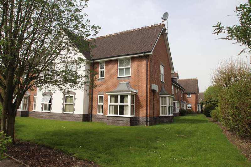 2 Bedrooms Flat for sale in Foundry House, Kennet Way, Hungerford RG17
