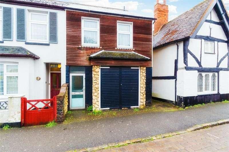 3 Bedrooms Semi Detached House for sale in Church Street, Burnham, Buckinghamshire