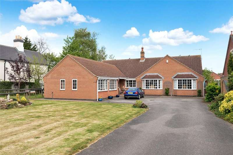 5 Bedrooms Detached Bungalow for sale in Leasingham Lane, Ruskington, NG34