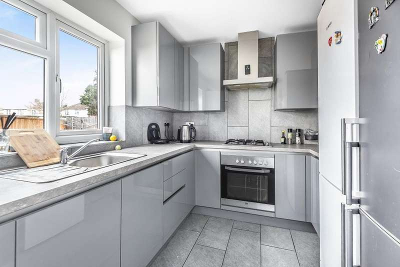 6 Bedrooms House for sale in Cranbourne Road, Slough, Berkshire, SL1