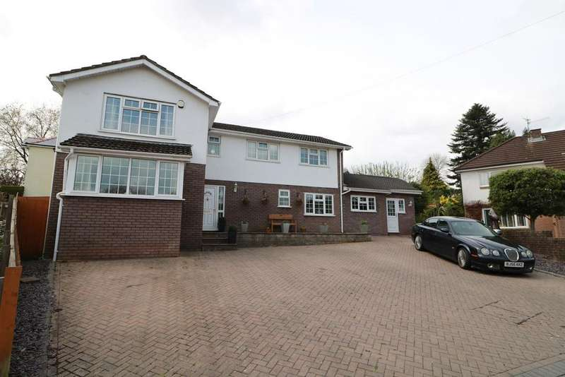 4 Bedrooms Detached House for sale in Penywaun Close, St Dials, Cwmbran, NP44