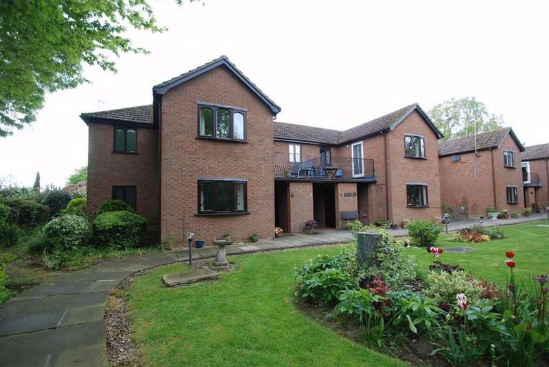 2 Bedrooms Retirement Property for sale in Sycamore Court, Park Place, Boston