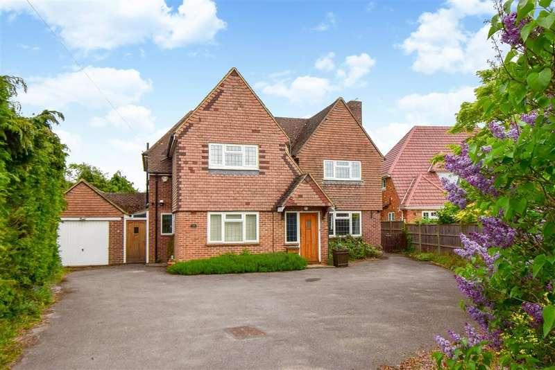 4 Bedrooms Detached House for sale in Linkswood Road, Burnham, SL1