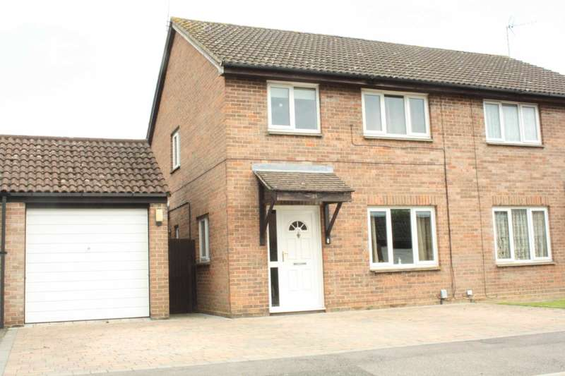 3 Bedrooms Semi Detached House for sale in Easby Way, Lower Earley