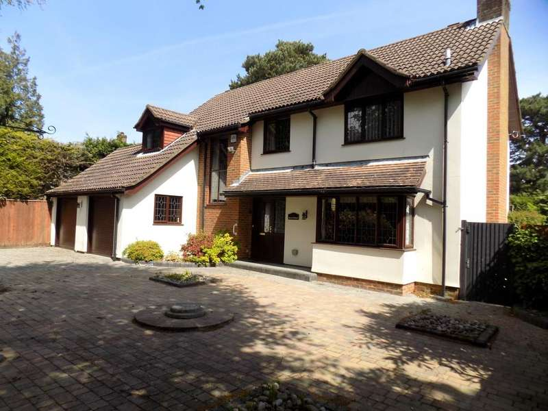 4 Bedrooms Detached House for sale in Lime Walk, Dibden Purlieu, Southampton SO45