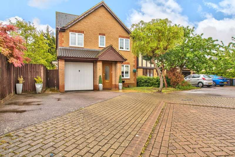 4 Bedrooms Detached House for sale in Whitings, Great Denham, Bedfordshire, MK40 4GE