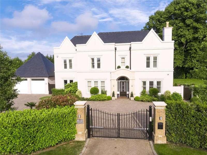 5 Bedrooms Detached House for sale in Kingswood Warren Park, Woodland Way, Tadworth, Surrey, KT20