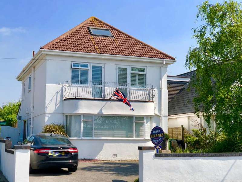 4 Bedrooms Detached House for sale in Hamworthy, Poole, BH15 4LU
