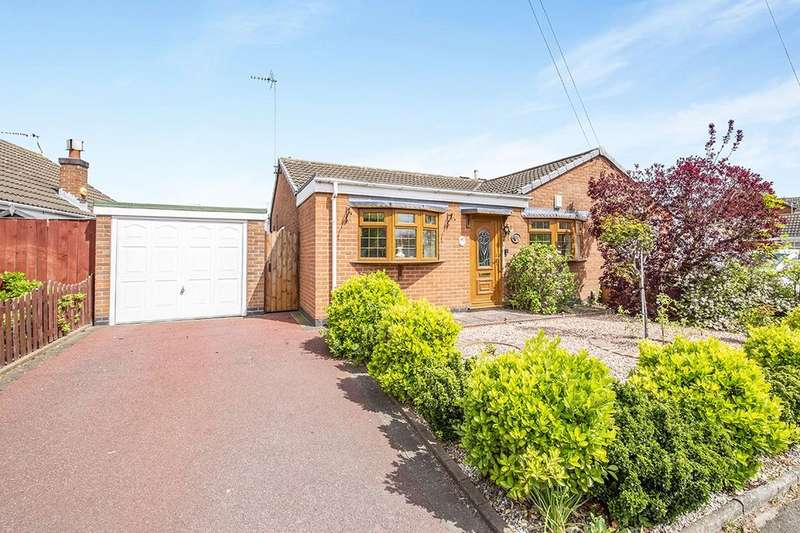 2 Bedrooms Semi Detached Bungalow for sale in Roston Drive, Hinckley, LE10