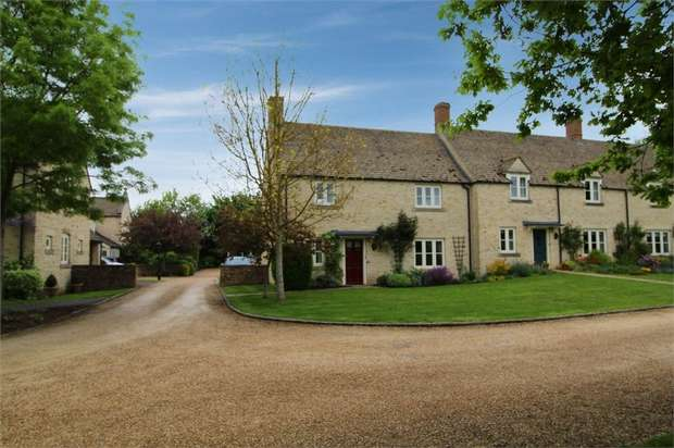 3 Bedrooms End Of Terrace House for sale in West Allcourt, Lechlade, Gloucestershire