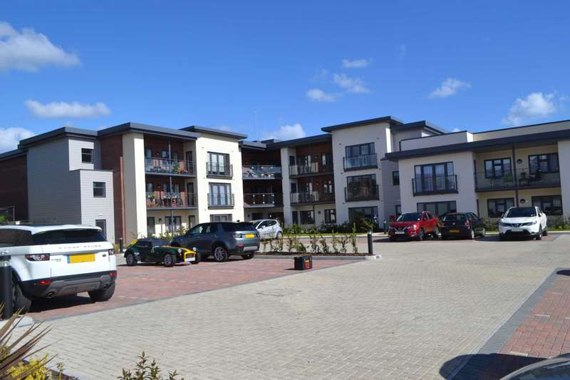 2 Bedrooms Flat for sale in Buckingham Close, Exmouth