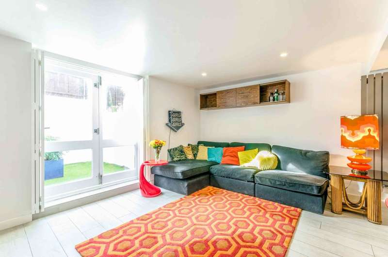 2 Bedrooms House for sale in Buckingham Road, De Beauvoir Town, N1