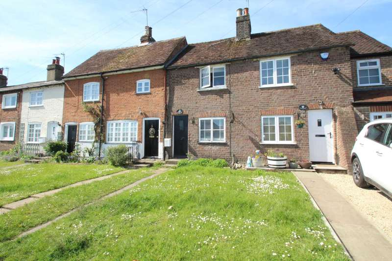 2 Bedrooms Cottage House for sale in High Street, Bovingdon