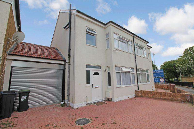 4 Bedrooms Semi Detached House for sale in Turin Road, Edmonton, N9