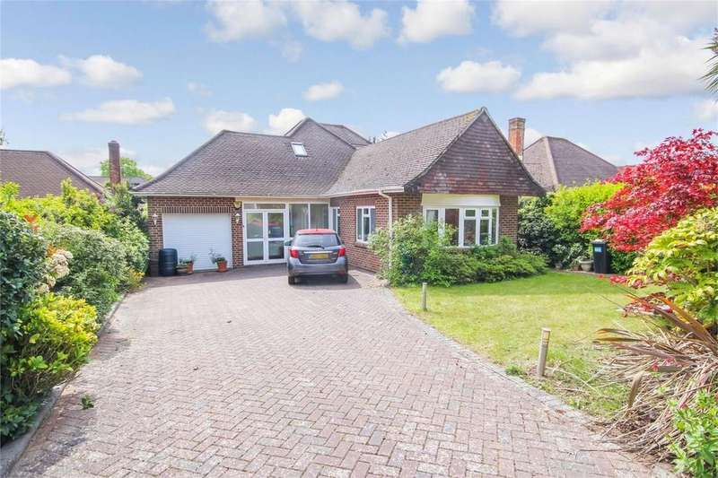 3 Bedrooms Chalet House for sale in Dulsie Road, TALBOT WOODS, BOURNEMOUTH, Dorset