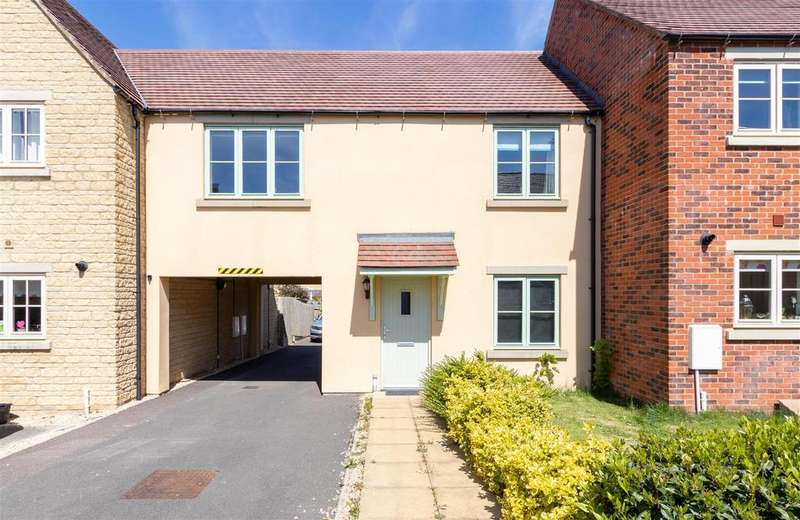 1 Bedroom Apartment Flat for sale in Whitley Way, Moreton in Marsh, Gloucestershire