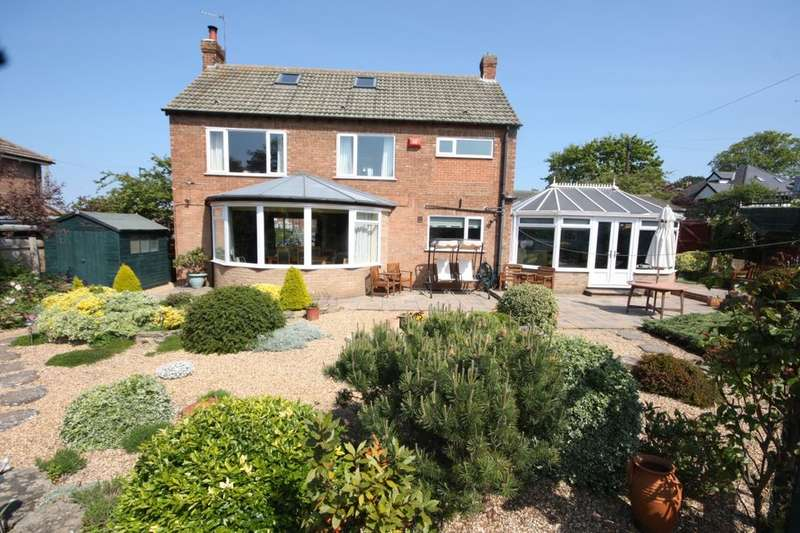 3 Bedrooms Detached House for sale in The Crescent, Saltburn-By-The-Sea, TS12