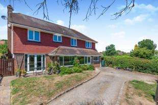 4 Bedrooms Detached House for sale in Willow Close, Ludpit Lane, Etchingham, East Sussex