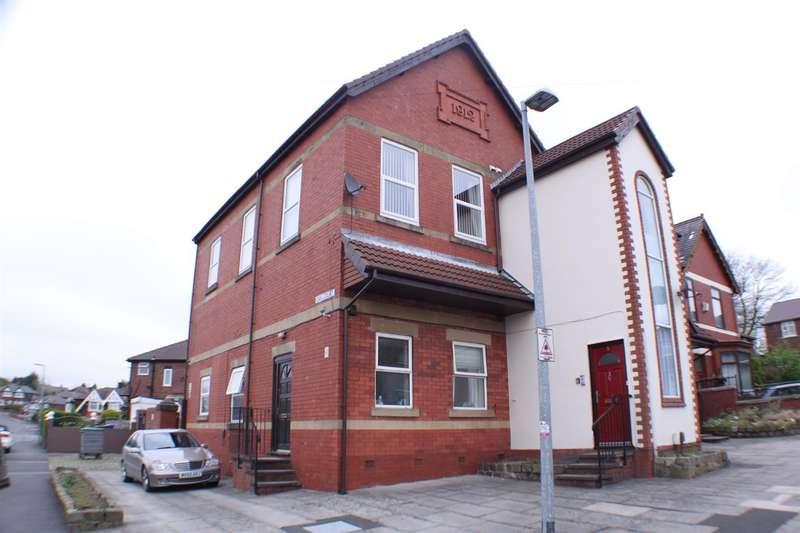 1 Bedroom Flat for sale in Oak Court, Hayfield Road, Salford