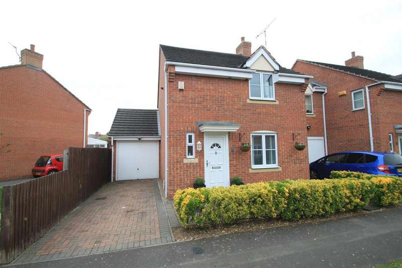 3 Bedrooms Detached House for sale in Russett Close, Barwell