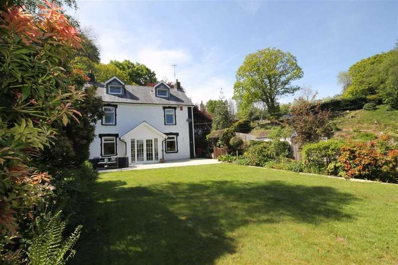 5 Bedrooms Detached House for sale in Cwm Yr Allt Lane, Hengoed