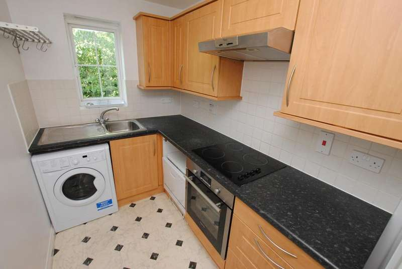 2 Bedrooms Apartment Flat for sale in All Hallows Road, Caversham, Reading