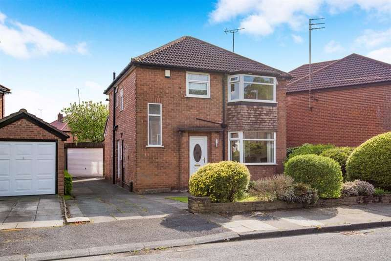 3 Bedrooms Detached House for sale in Dellcot Lane, Worsley, Manchester, M28 2PT