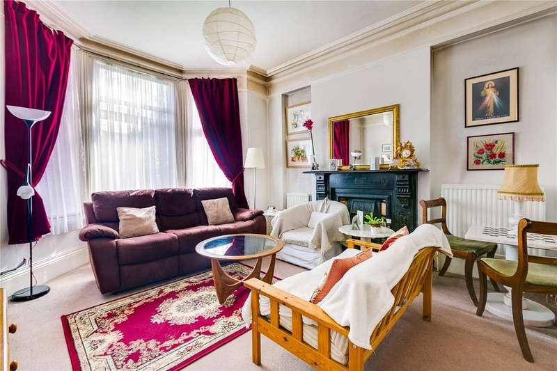 4 Bedrooms Link Detached House for sale in Culmington Road, Ealing, London, W13