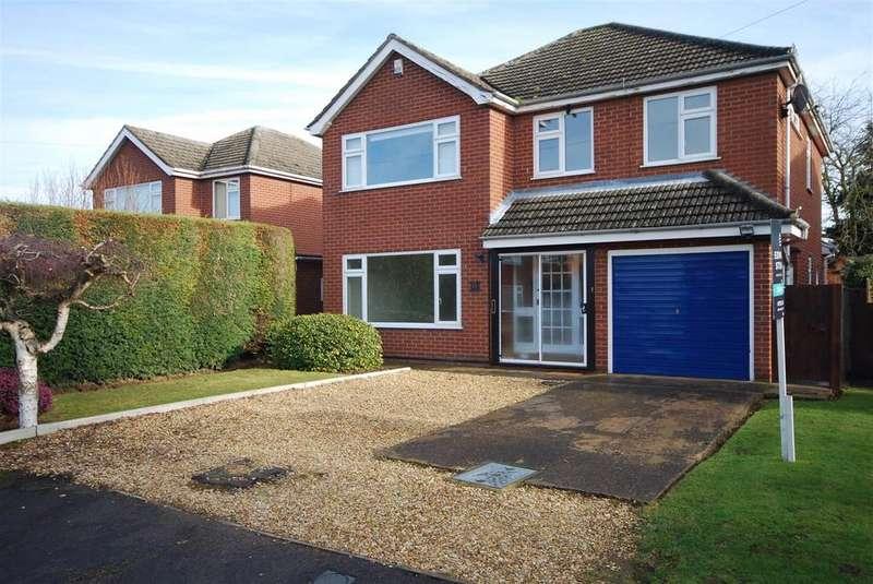 4 Bedrooms Detached House for sale in Hatt Close, Moulton, Spalding