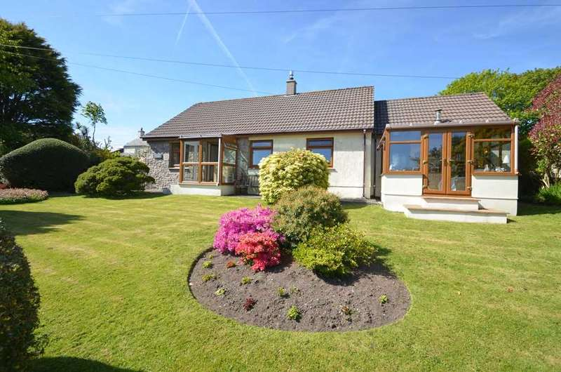 3 Bedrooms Bungalow for sale in PENMARTH