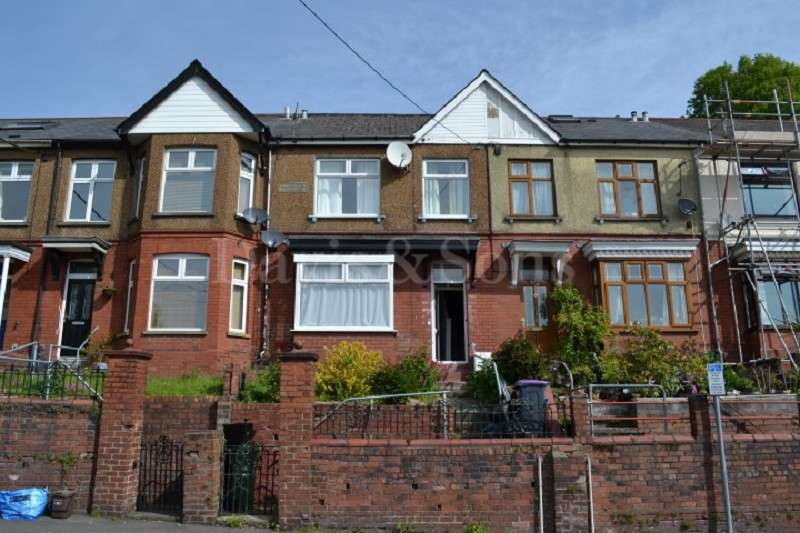 3 Bedrooms Terraced House for sale in Glanwern Terrace, Pontypool, Monmouthshire. NP4 6AS
