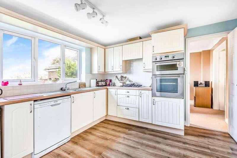 4 Bedrooms Detached House for sale in Kersten Close, Newbury, RG14
