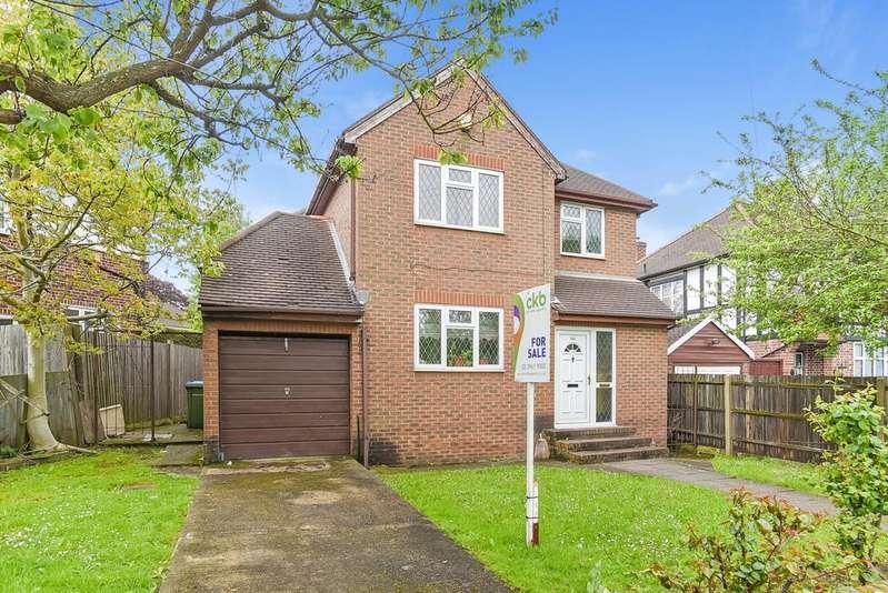 4 Bedrooms Detached House for sale in Sidcup Road, Eltham, SE9