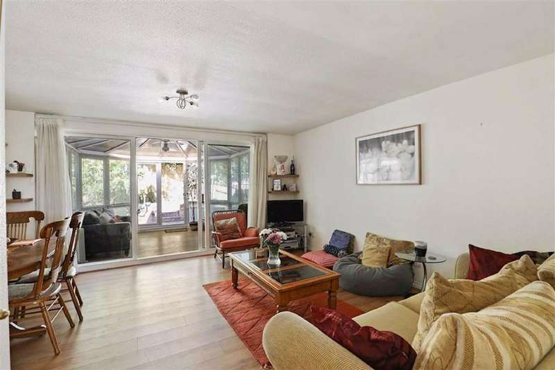 3 Bedrooms House for sale in Amberley Grove, Sydenham