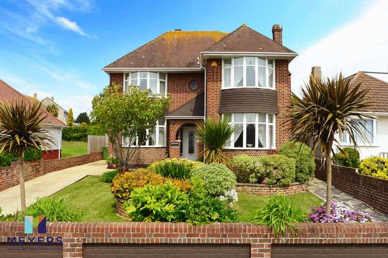 4 Bedrooms Property for sale in Lynch Road, Weymouth, DT4
