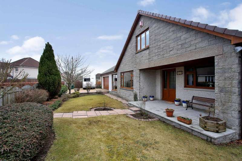 5 Bedrooms Detached House for sale in Castle Road, Kintore, Inverurie, Aberdeenshire, AB51 0XN