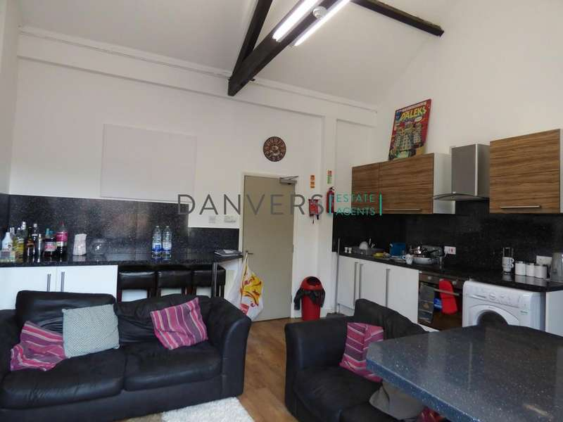 6 Bedrooms House Share for rent in Regent Road, Leicester