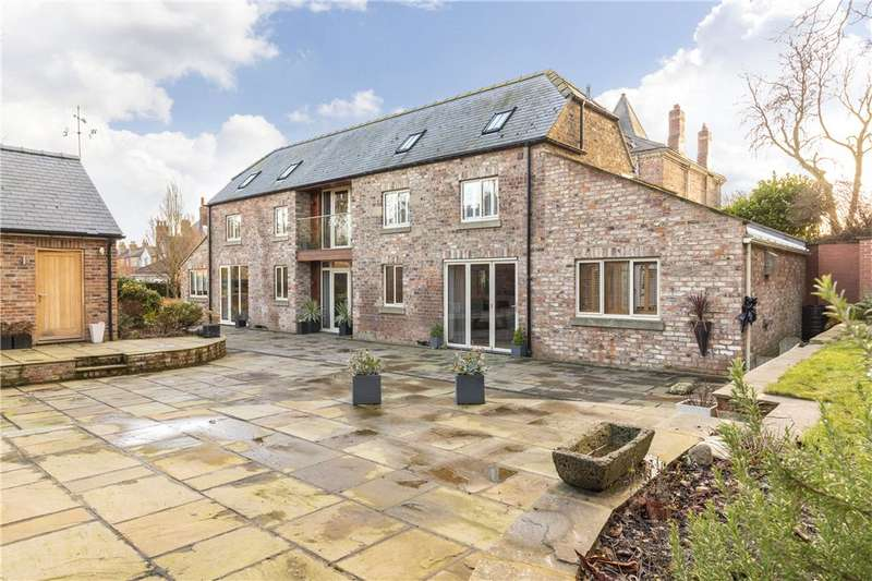 4 Bedrooms Unique Property for sale in The Coach House, Ure Bank Terrace, Ripon, North Yorkshire