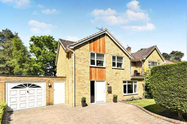 4 Bedrooms Semi Detached House for sale in Bracknell, Berkshire, .