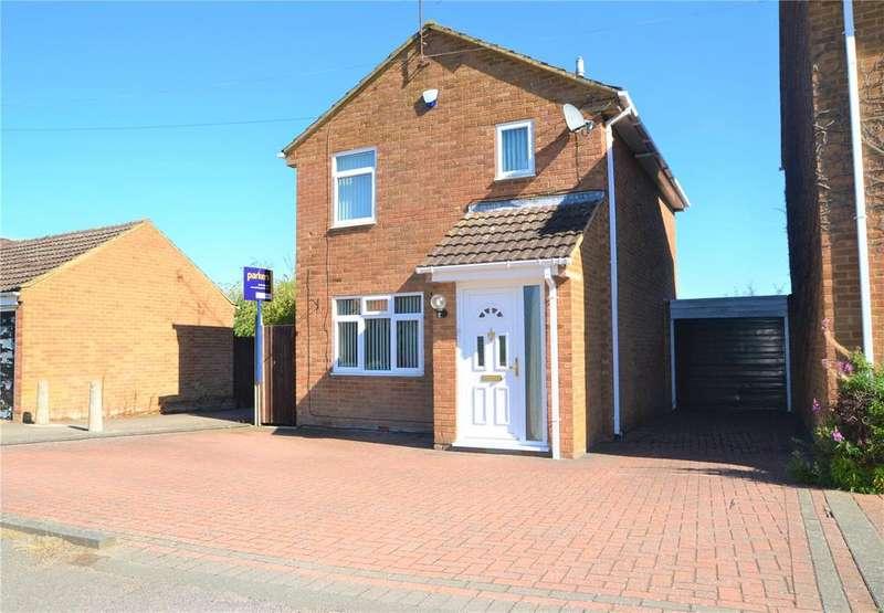 3 Bedrooms Detached House for sale in Wealden Way, Tilehurst, Reading, Berkshire, RG30