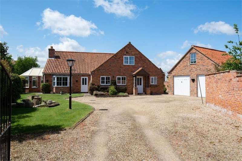 5 Bedrooms Chalet House for sale in Station Road, Swineshead, Boston, Lincolnshire