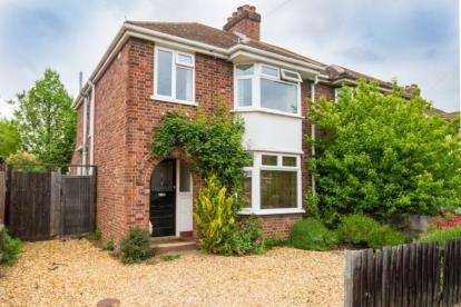 3 Bedrooms Semi Detached House for sale in Cambridge, Cambridgeshire