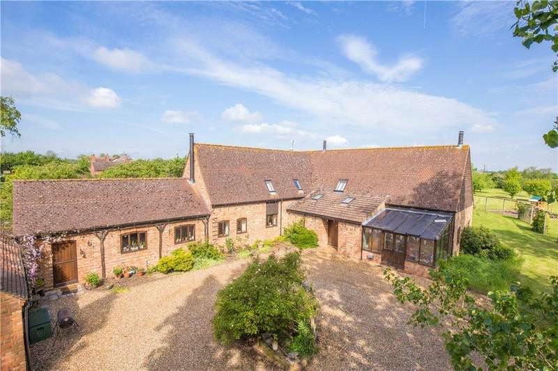 5 Bedrooms Detached House for sale in Cross End, Thurleigh, Bedford, Bedfordshire