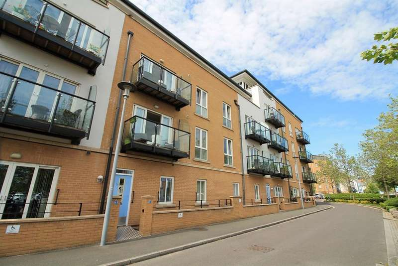 2 Bedrooms Flat for sale in Lockside, Portishead, North Somerset, BS20 7AE