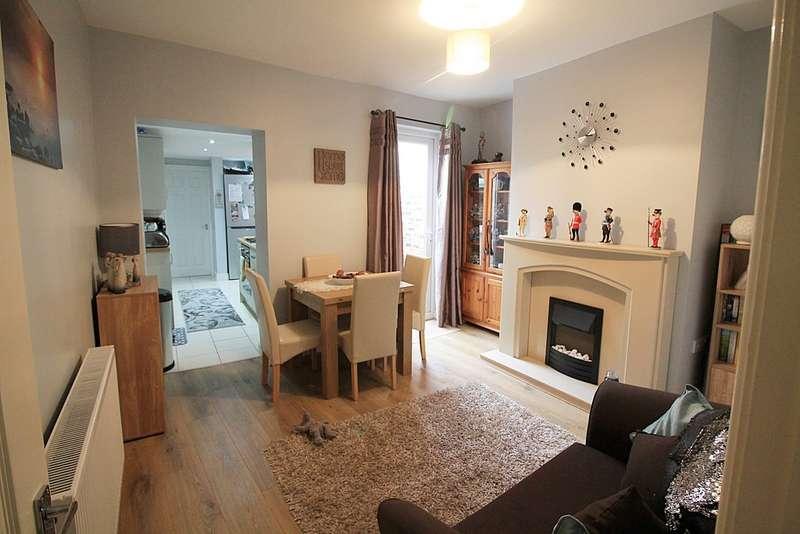 2 Bedrooms Terraced House for sale in Halton View Road, Halton View, Widnes WA8