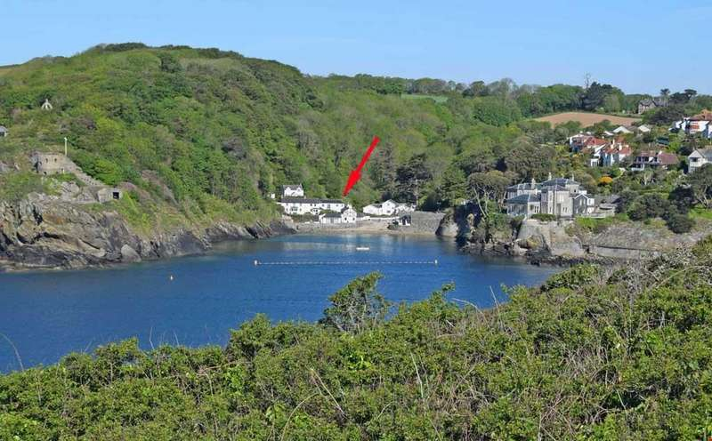 4 Bedrooms Semi Detached House for sale in Readymoney Cove, Fowey, Cornwall