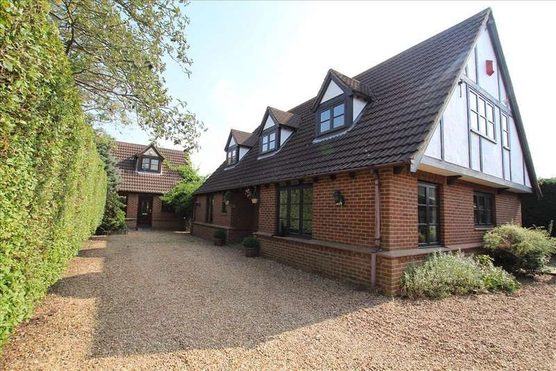 4 Bedrooms Detached House for sale in Drove Road, Biggleswade, SG18