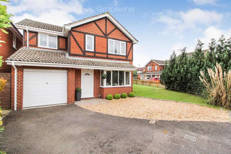 4 Bedrooms Detached House for sale in Merrifield Close, Lower Earley, Reading