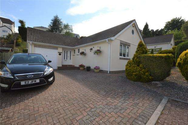 3 Bedrooms Detached Bungalow for sale in Holly Water Close, Wellswood, Torquay, Devon